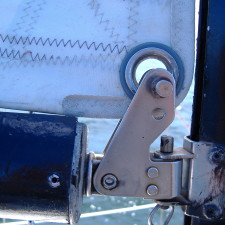 Gooseneck Swivel Connection on a Yacht - 402(b)