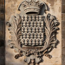 The coat of arms of Brittany, over the gates of the fortified city of Saint-Malo. One can read the latin motto of the country, Potius mori quam foedari (Rather death than stain). - Limited Partnership