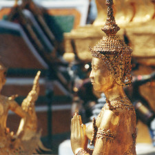 Gilded statues of mythological beings of the Himpahan-Forest at the Wat Phra Kaew in Bangkok (Thailand). In the foreground an Apsornsi, half woman, half lion. In the background a Kinnorn, half man, half bird. - Gold Reserves